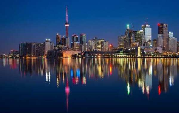 10 Best Places To Visit in Toronto, Canada